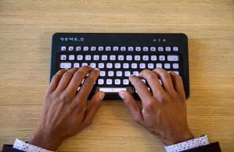 Nemeio, le 1er clavier configurable à l'infini lance sa campagne sur la plateforme participative Kickstarter !